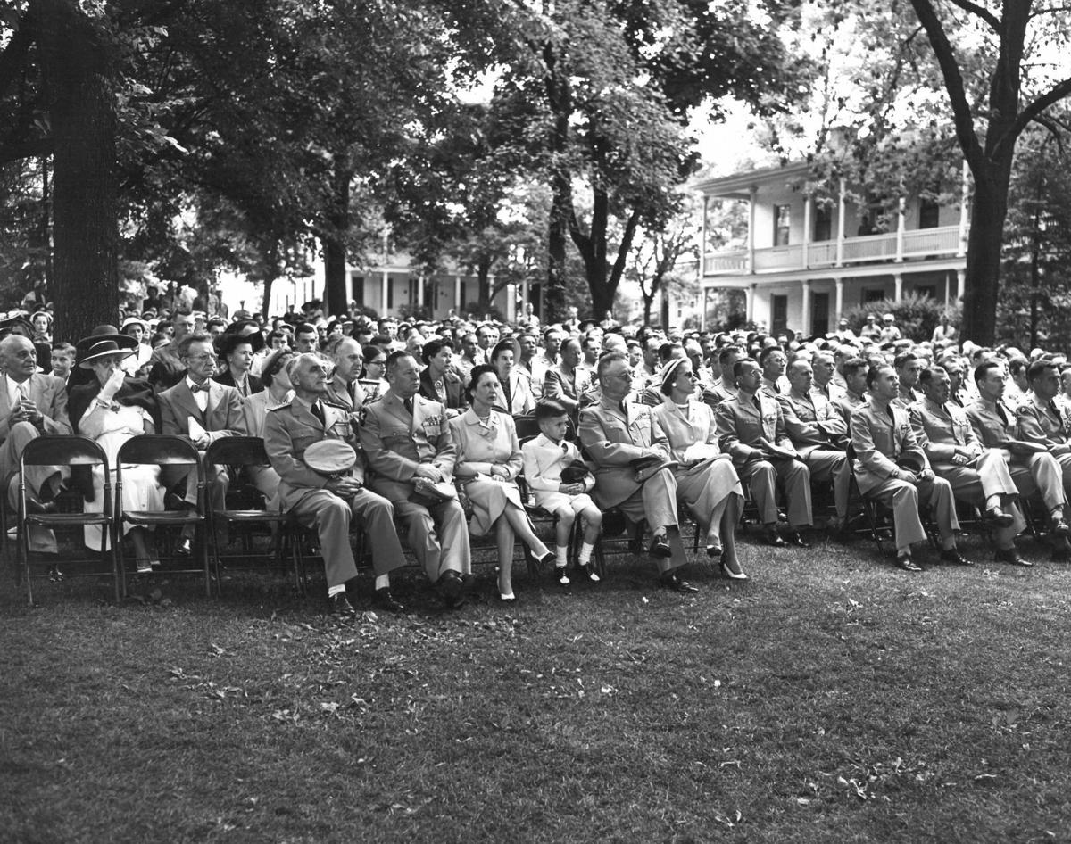 Aud Grad 1951-52