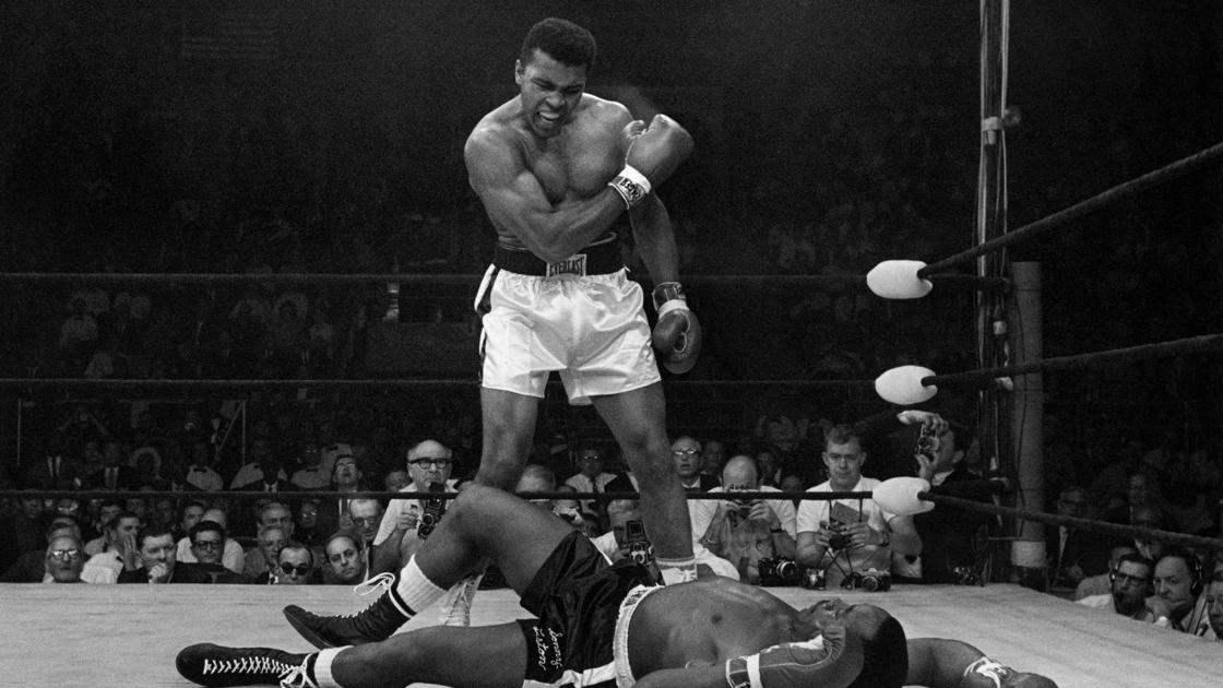 Today in sports history: Muhammad Ali knocks out Sonny Liston in '65 title rematch