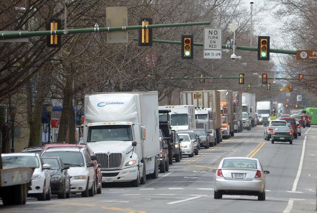 Construction causes backlog on I-81 north, downtown Carlisle