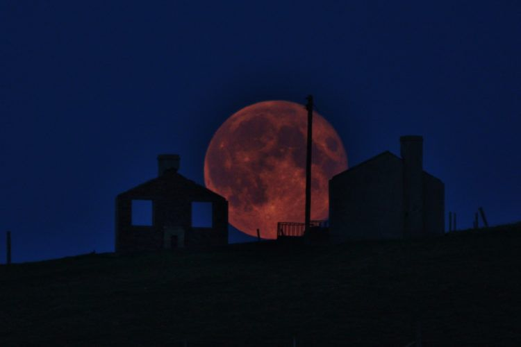 Why This Year's Harvest Moon Will Be So Special