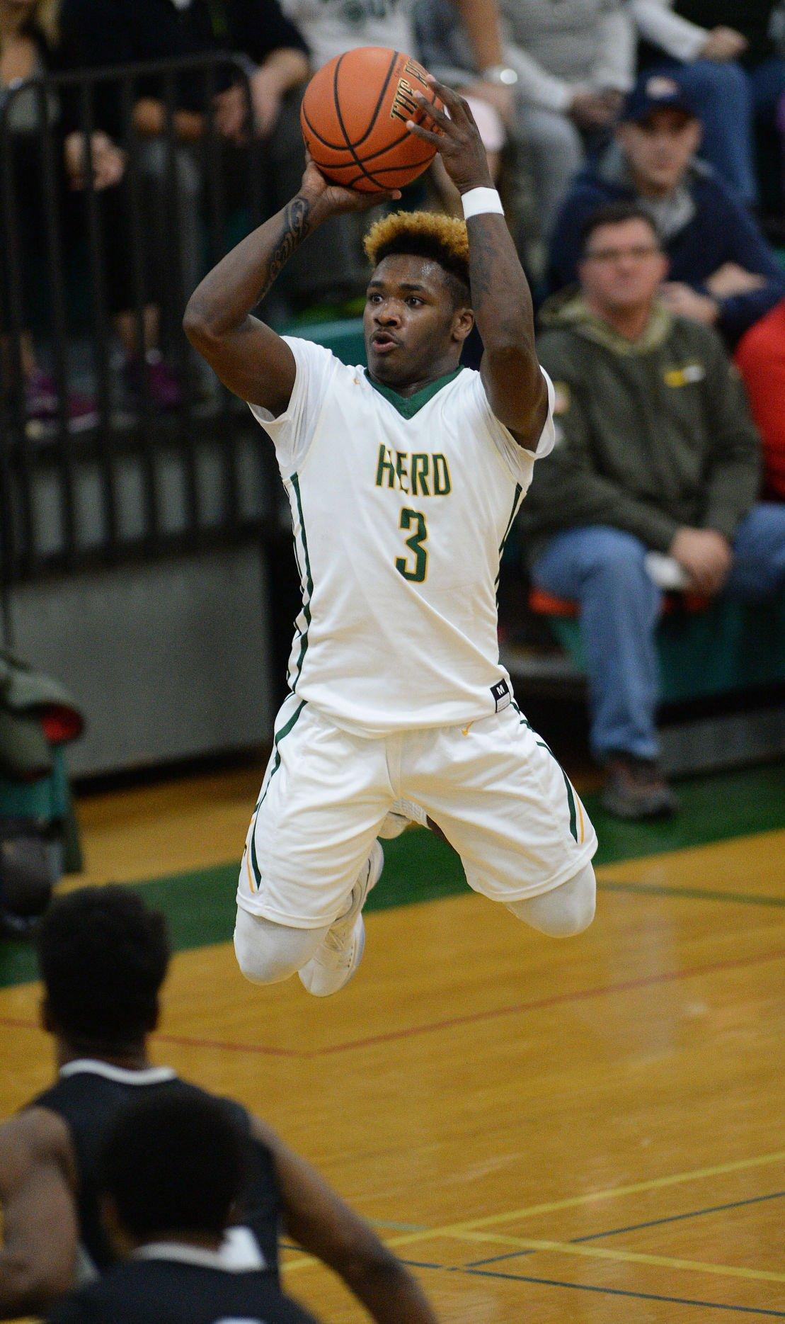 Boys Basketball: Harrisburg at Carlisle