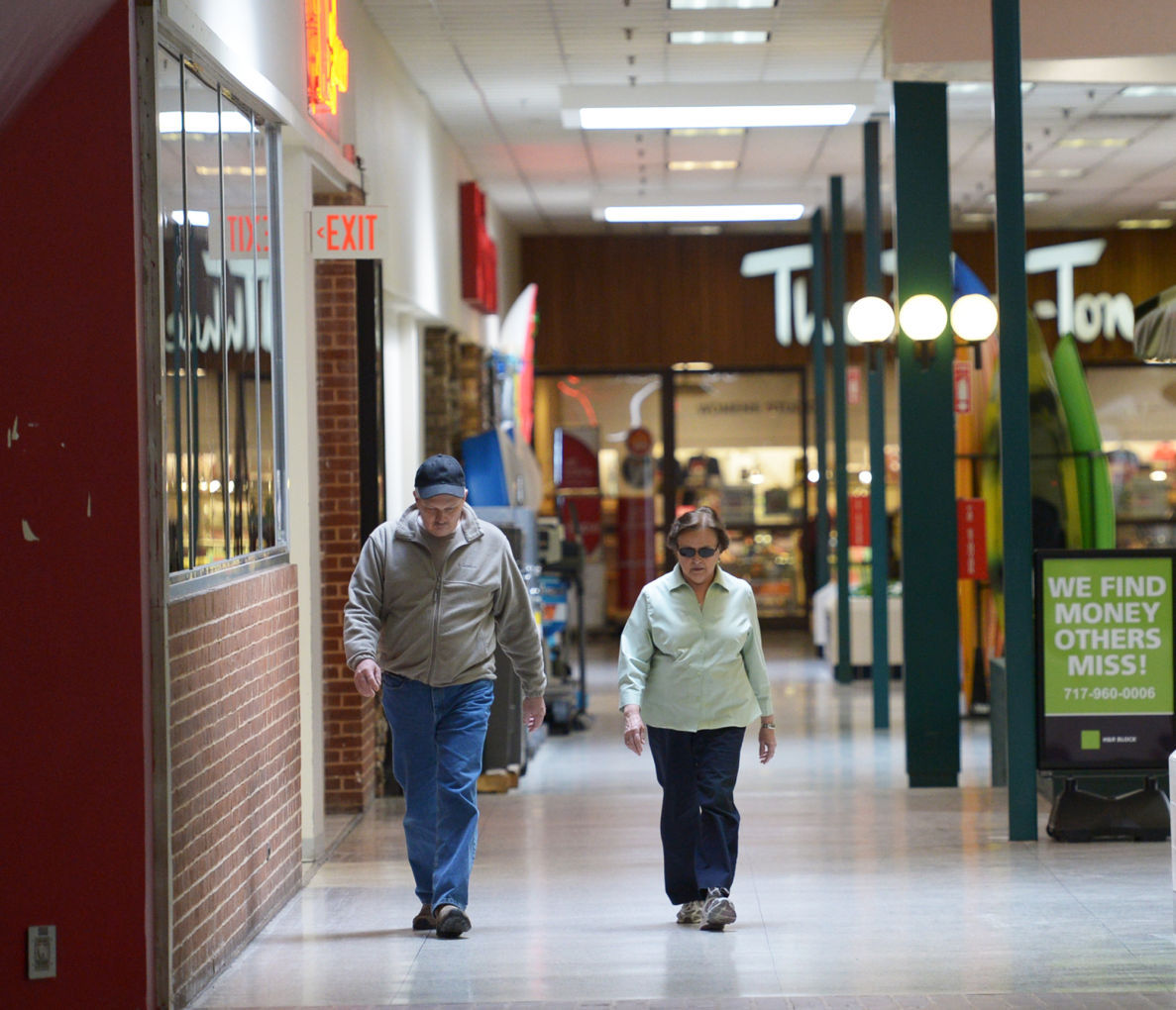 A Different Kind Of Foot Traffic Mall Walkers The Sentinel News