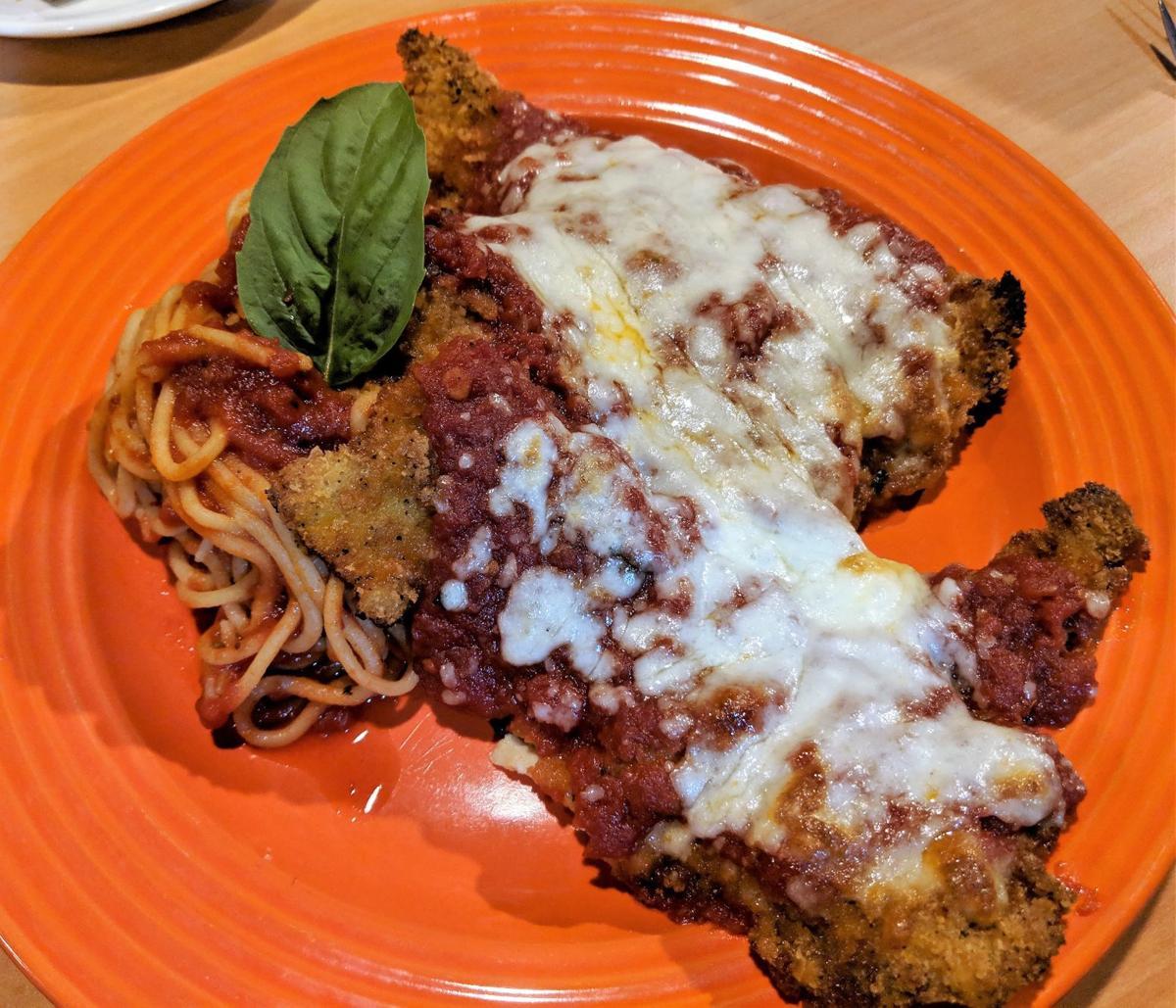 Zanelli's chicken parmesan