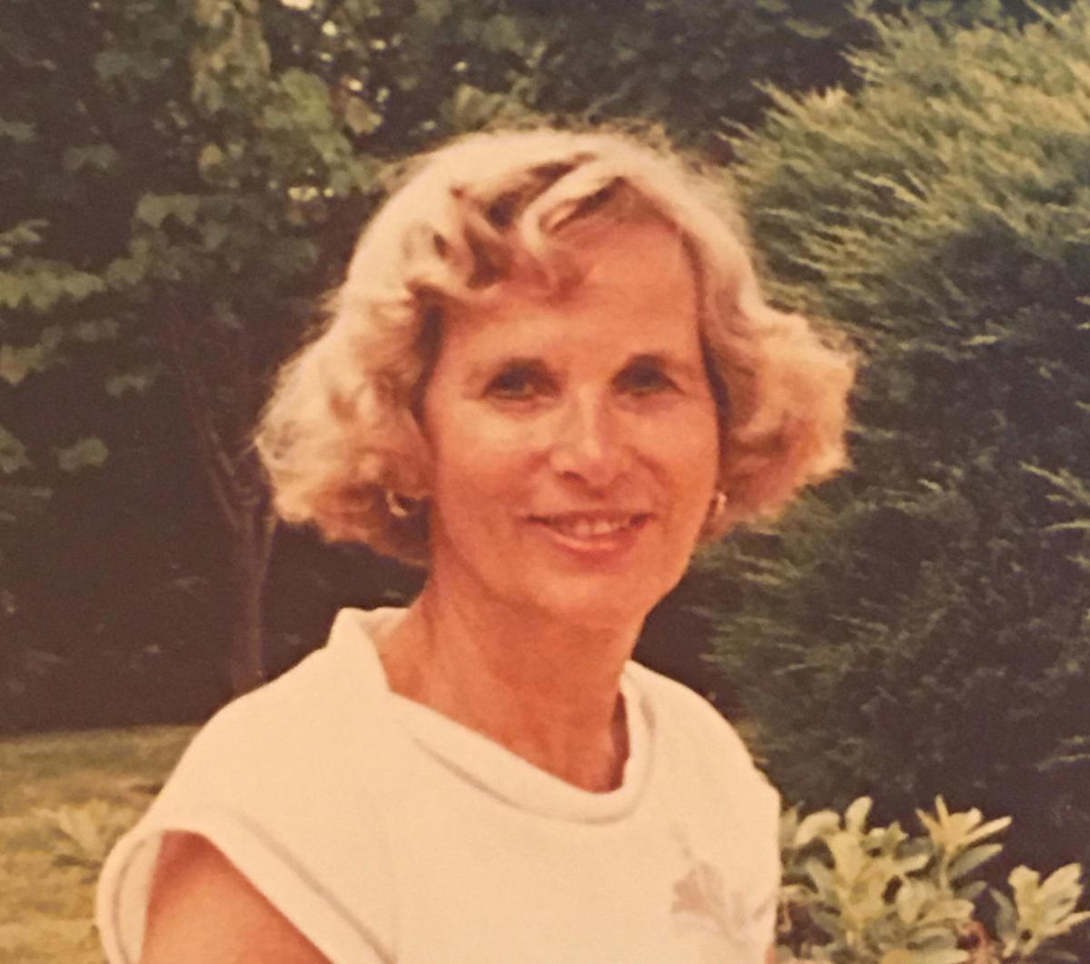 c57a7f8a1f3 Suzanne Carolyn Poffenberger Deeter