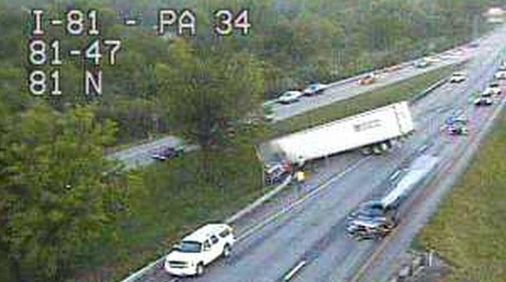 Crashes closes I-81 south near Carlisle Sunday