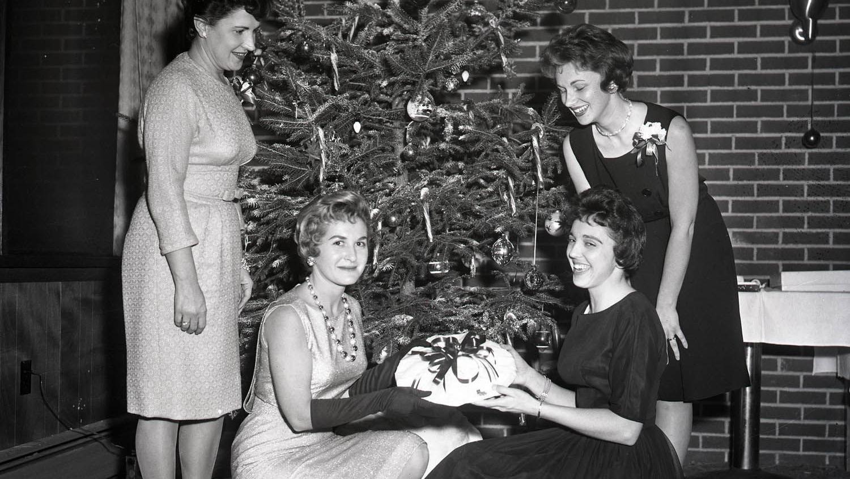Tour Through Time Collection: Christmas in Carlisle