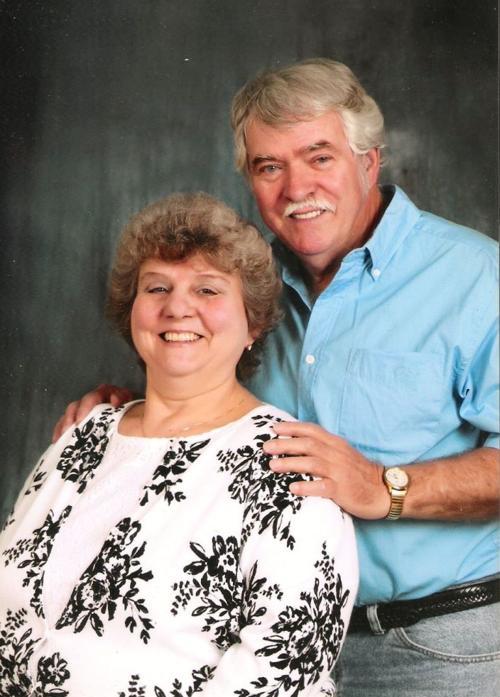 Ken  and Sue (Baker) Holloway