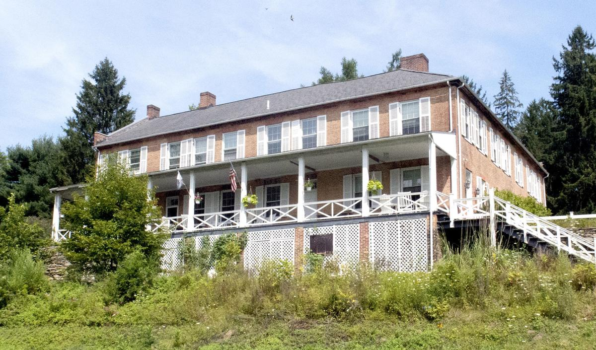Pine Grove Ironmaster's Mansion