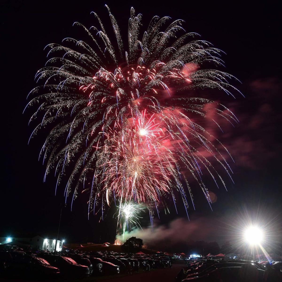 Cumberlink Restaurants Open On Christmas Day Carlisle Pa 2021 Carlisle To Host Virtual July 4 Celebration Drops Fireworks Display Carlisle Cumberlink Com
