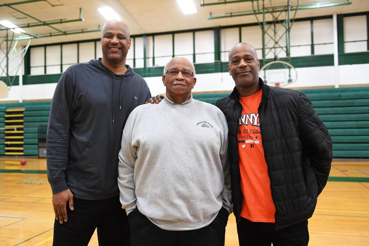Billy Owens returns to Carlisle High School
