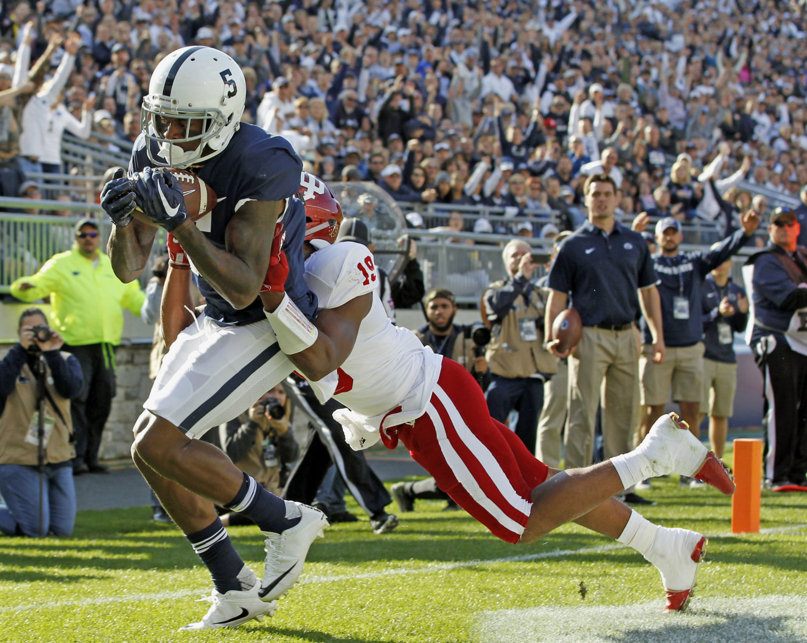 Saquon Barkley fuels fast start for Penn State, but IN hanging around