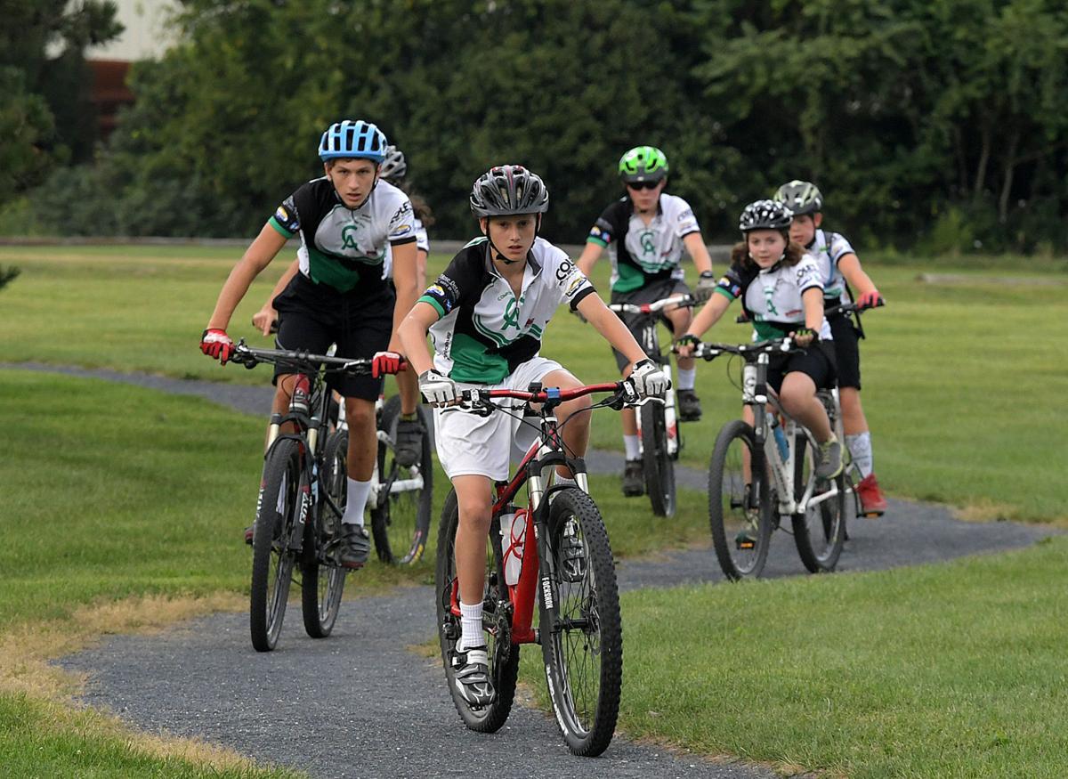 Mountain Bike Team 3.jpg
