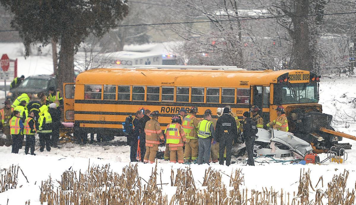 021016-sntl-nws-Bus-Crash-1.jpg LEDE