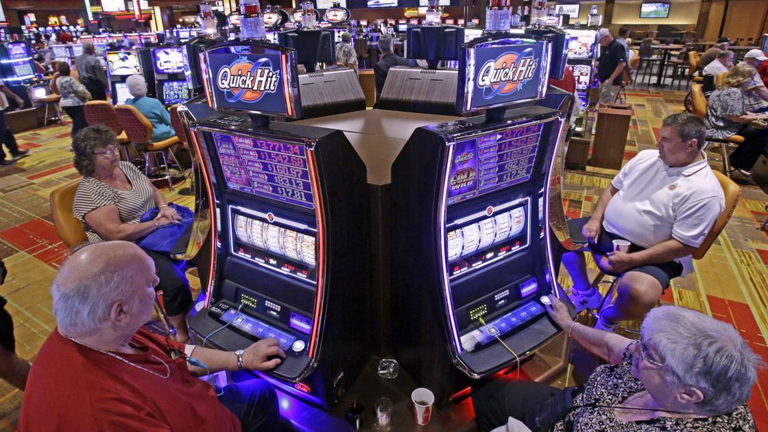 Florida court of appeal upholds ruling that Blue Sky Games are slot machines