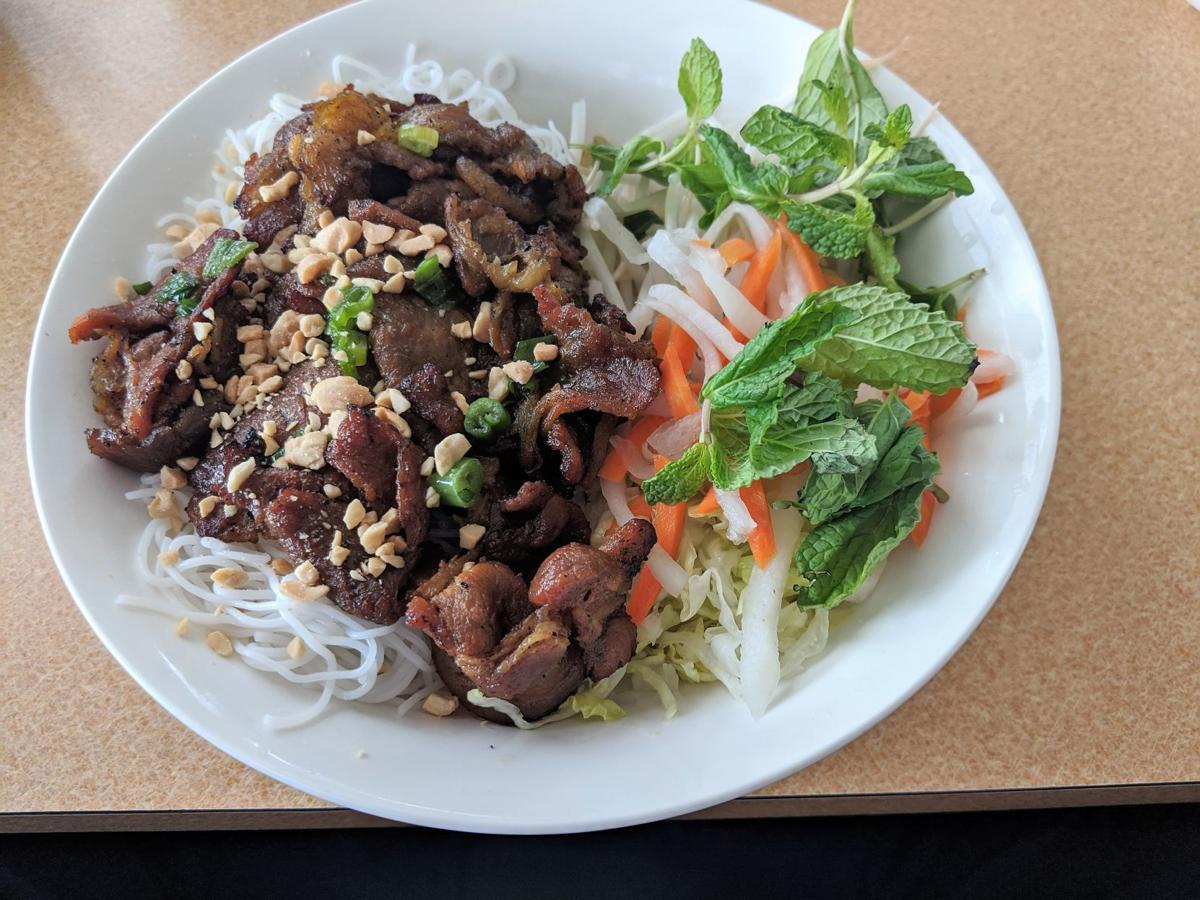 Discerning Diner Pho King Serves Up Vietnamese Cuisine In The Former Thai Palace On Carlisle Pike The Sentinel Local Scene Cumberlink Com