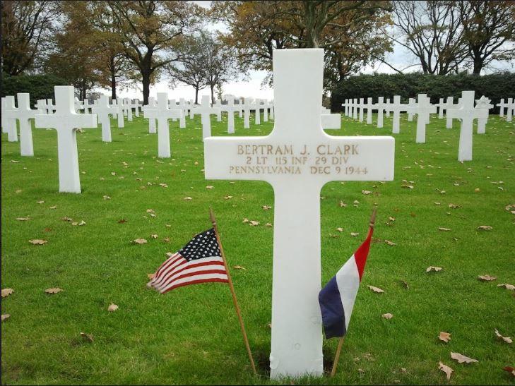 Bertram Clark grave