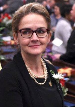 Madeleine Dean
