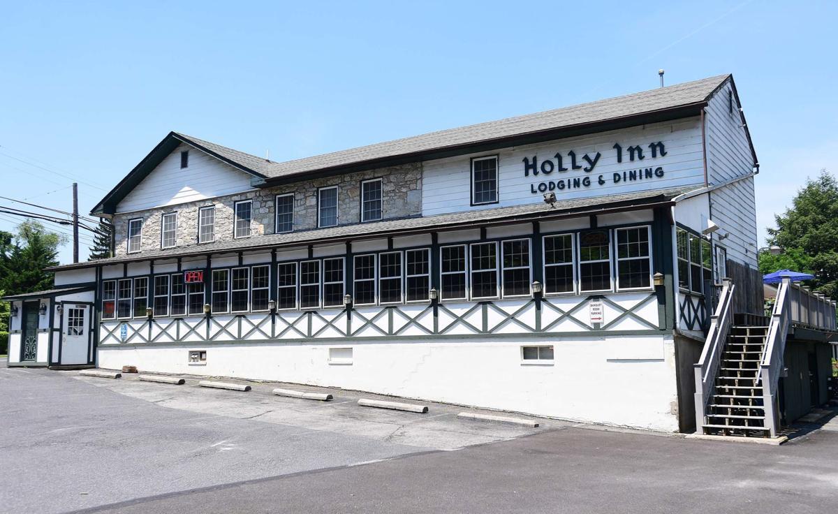 Holly Inn 2