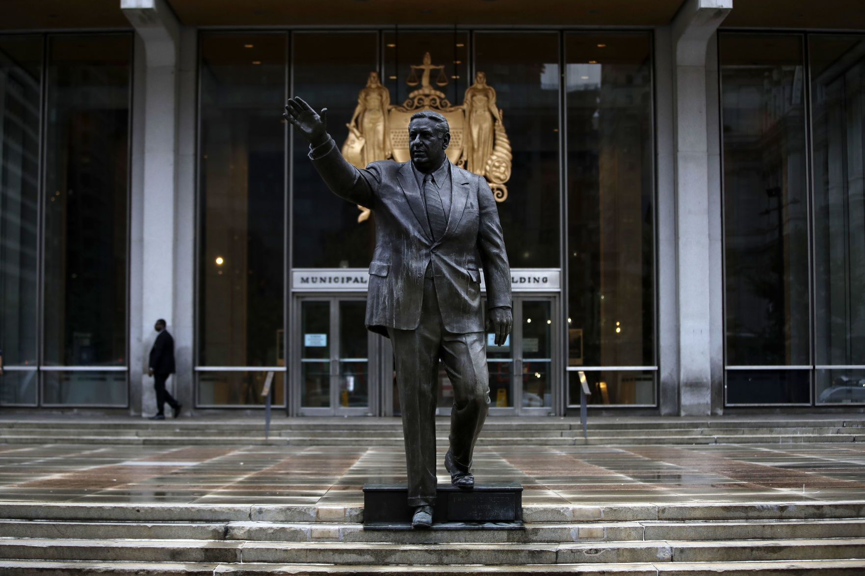 Suspect ID'd in spray painting of Frank Rizzo statue in Philadelphia