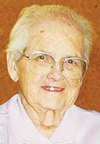 Gloria Ruth Quenzer