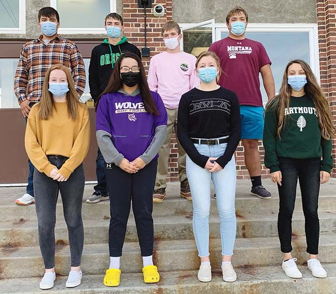 CBHS students wearing facemasks, social distancing for Homecoming