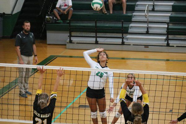 Murray County softball, volleyball teams take down rival North Murray in Tuesday showdowns