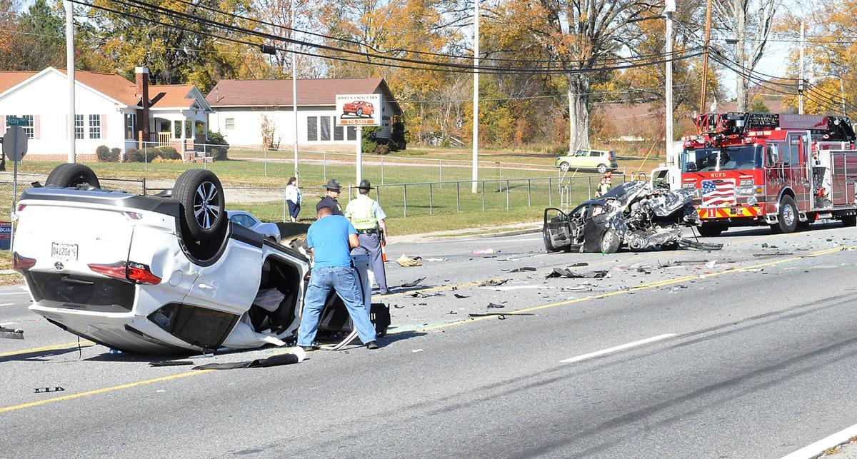 UPDATE: Three sent to hospital after three-vehicle wreck