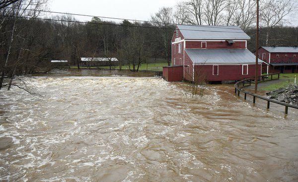Heavy rain causes some road closures, some vehicles stranded