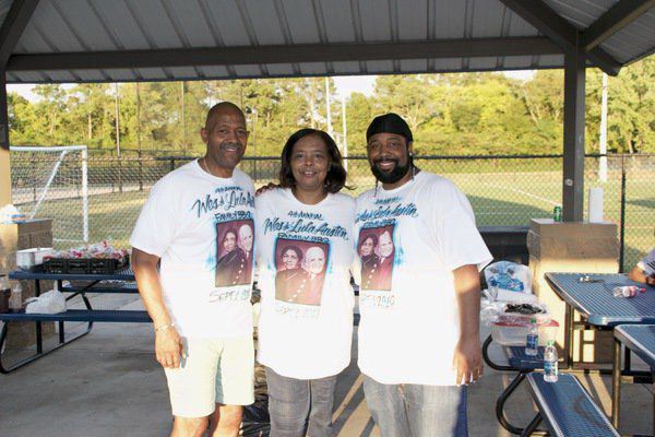 Memory of Wes and Lula Austin honored at family reunion