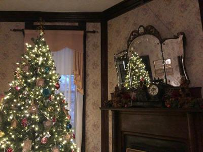 Historic Blunt House decorated for Christmas
