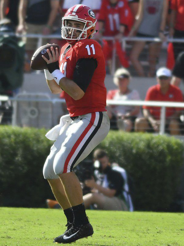 Dynamic QB system creates continued success for UGA's offense