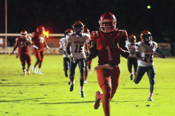 Danger zone: Dalton's Gibbs has another five touchdowns in Homecoming win
