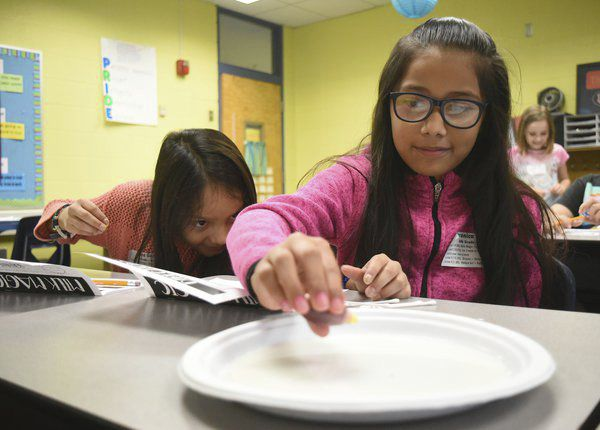 Roan Elementary spotlights STEAM during Exploration and Discovery Day