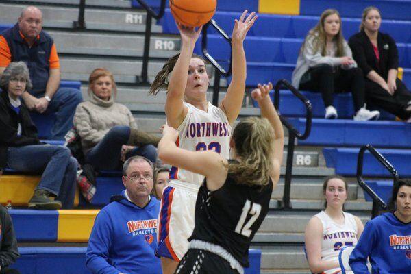 Brueckner shoots Northwest girls past Ridgeland as Lady Bruins earn spot in region semis, state tournament