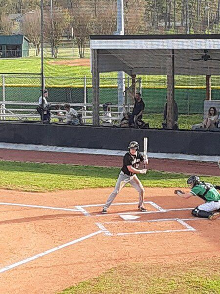 Harrison's complete game leads Indians to 4-1 win