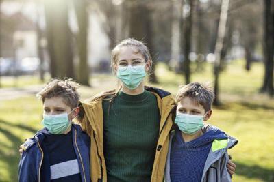 Health experts plead for widespread mask use; Kemp urges Georgians wear masks but won't mandate them
