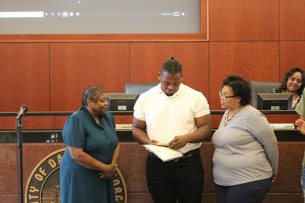 Former Northwest Whitfield star Mack honored by the city of Dalton