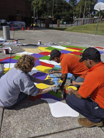 Shaw employees volunteer at City Park