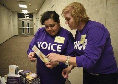 Hispanic community confronts Alzheimer's disease