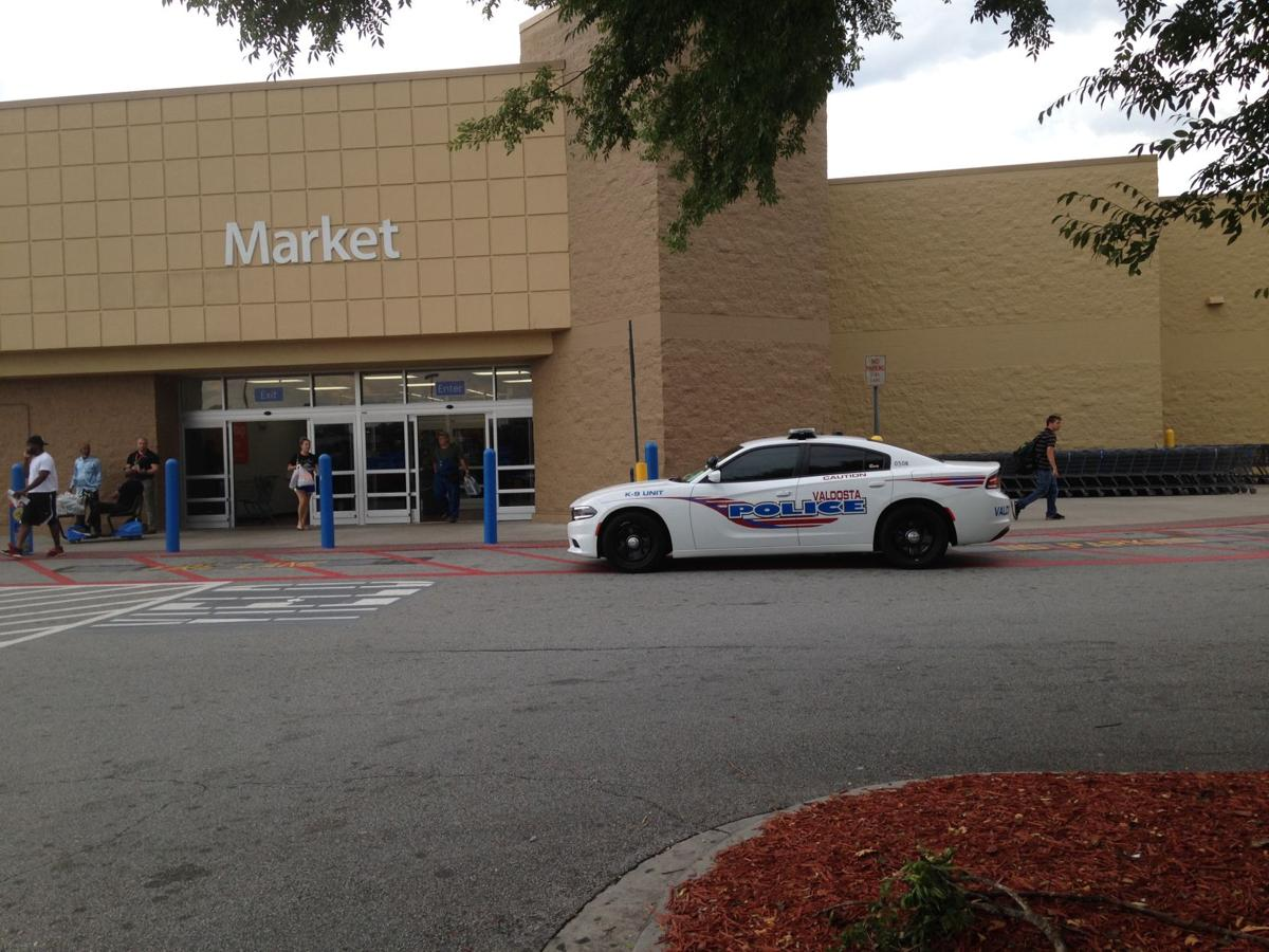 Valdosta Walmart Robbery Foiled Ga Fl News Dailycitizennews