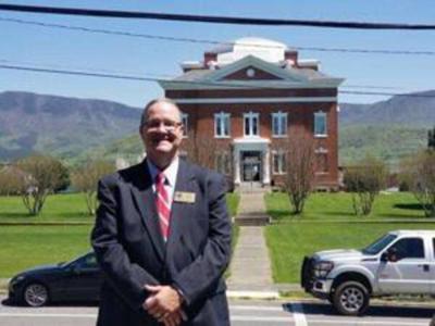 Hogan rolls back Murray County property tax rate