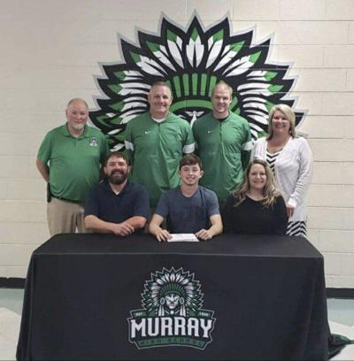 Murray's Redwine signs to play football at Reinhardt
