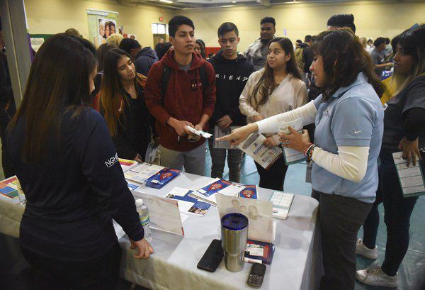 Translation Academy students coordinate career fair for classmates
