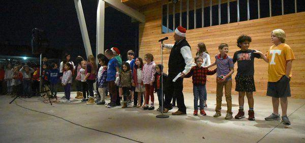 Community inaugurates Christmas tree lighting ceremony downtown
