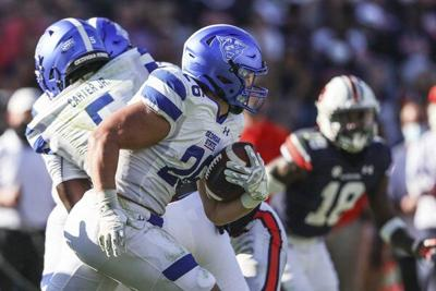 Standout Saturday for local college football players