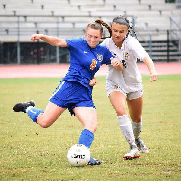Recruiting roundup: Area athletes commit to colleges