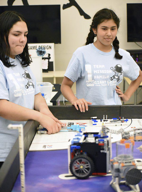 Eastbrook Middle School's robotics team made 'giant leap' this year