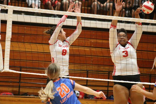 Northwest volleyball wins three-set battle at Dalton; Lady Cat libero De La Cerda keeps digging after reaching 1,000 in career