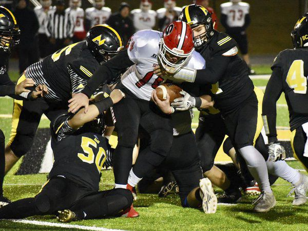 Untouched: North Murray caps regular-season with a win to finish undefeated in region