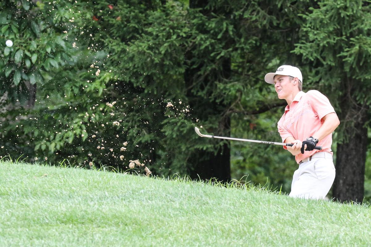 0801 golf-1.jpg